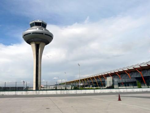 Torre de control aeropuerto Madrid-Barajas
